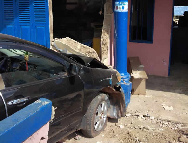 Pregnant policewoman injured after vehicle rams into police station