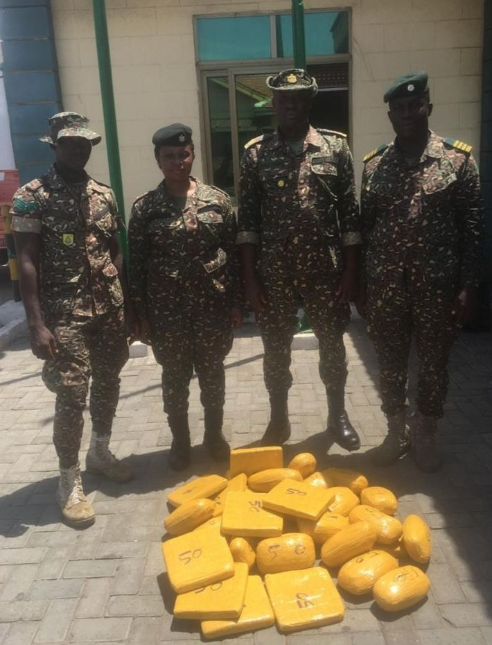 Immigration officers at Aflao border intercept 31 parcels of substance suspected to be narcotic drugs