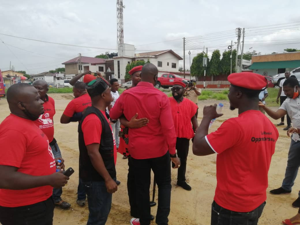 PNC's Bernard Mornah storms CID headquarters with supporters