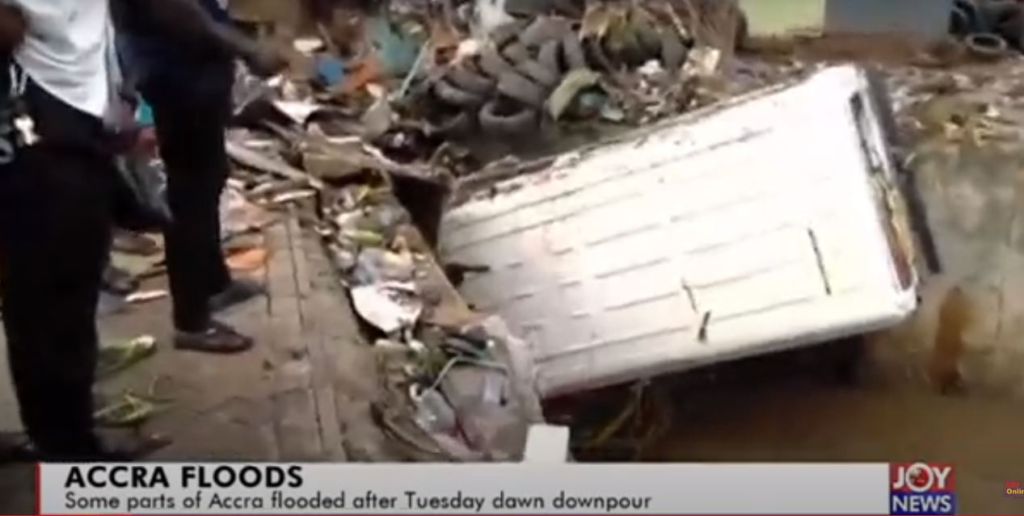 One dead as military, NADMO move to rescue Accra flood victims