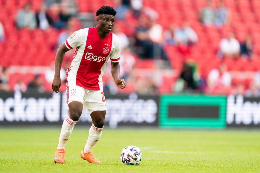Mohammed Kudus wins man of the match award in Ajax win