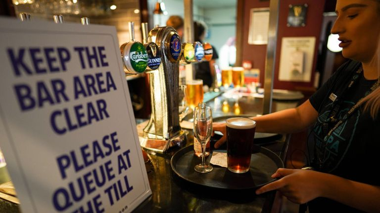 New lockdown measures coming to northeast England - including pubs and restaurants curfew
