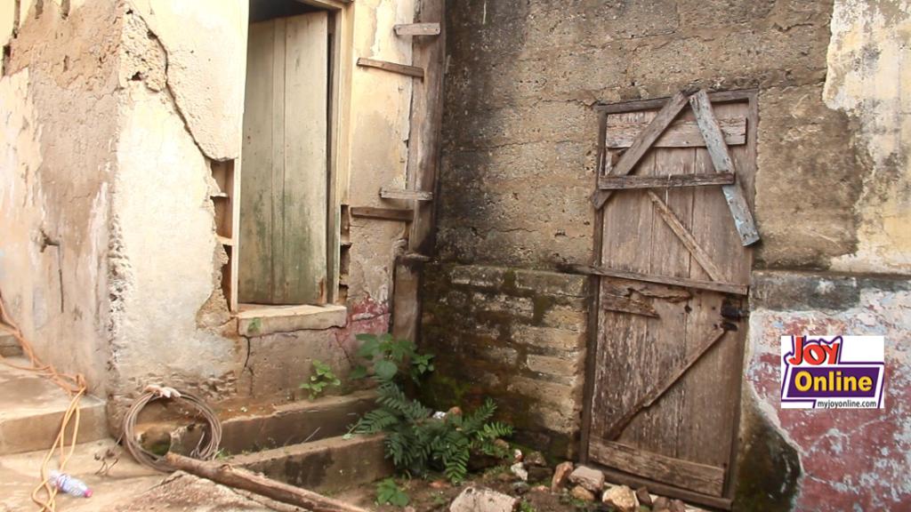 Manso Atwere community centre