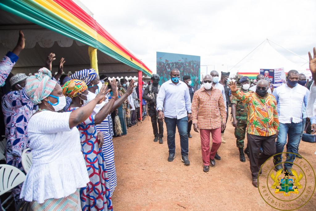 Akufo-Addo cuts sod for 275 metres Dikpe bridge; Lawra town roads
