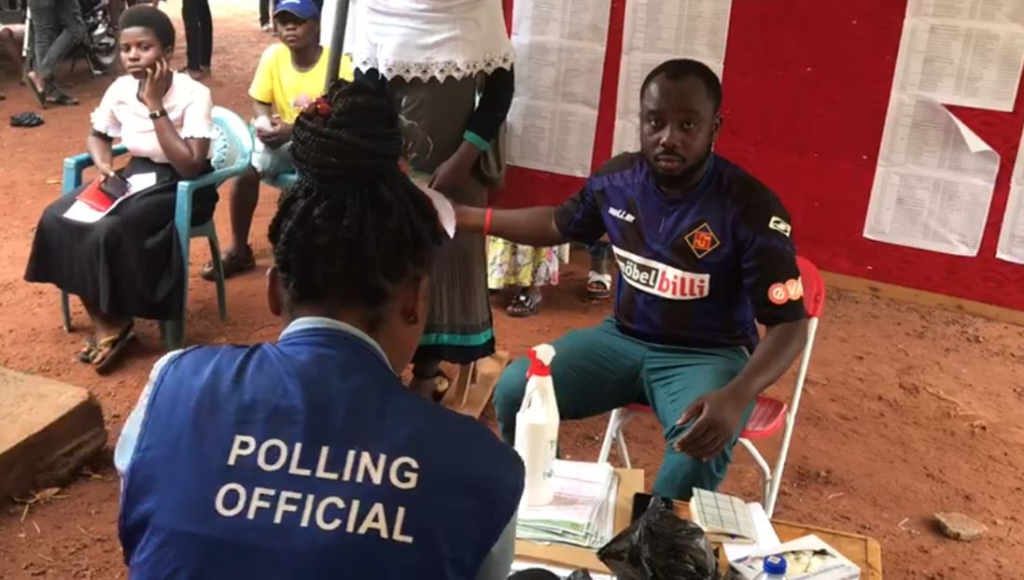 Techiman residents call on Electoral Commission to extend registration exercise