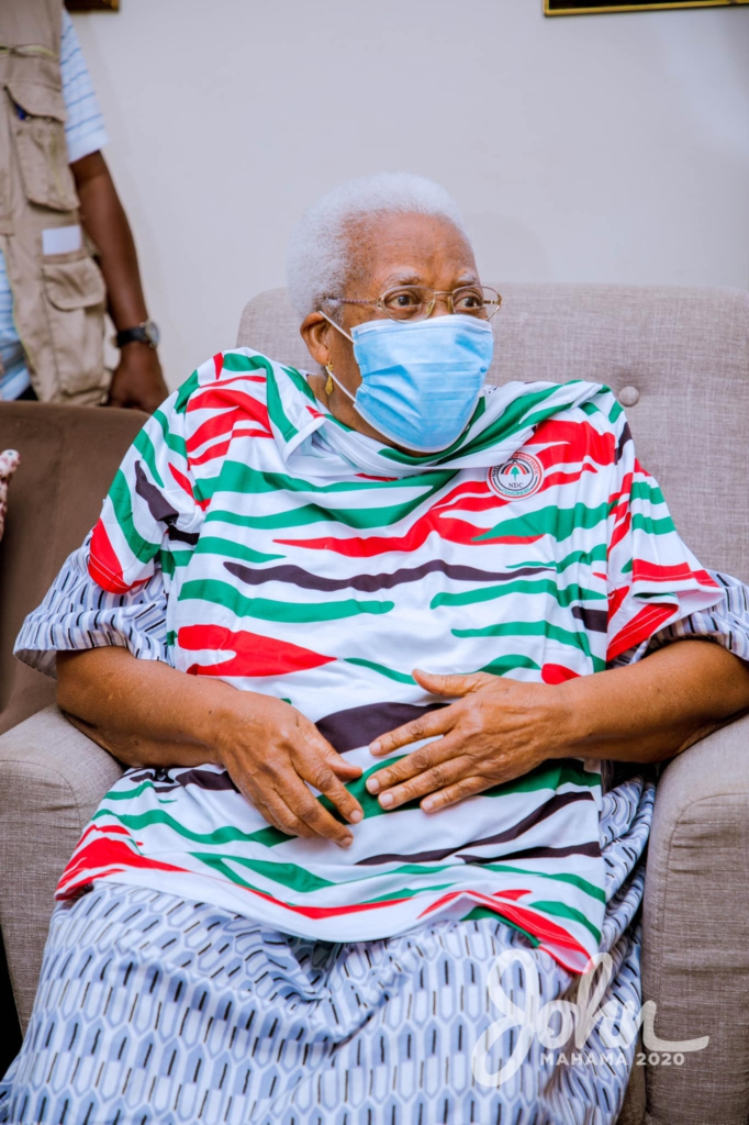 Mahama visits late Amissah-Arthur's mother during tour of Central Region 13