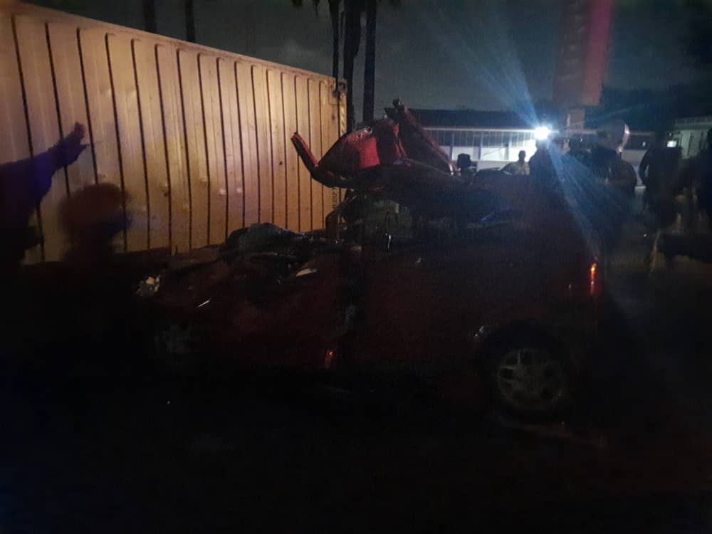 Two crashed to death by cocoa truck in Takoradi 2