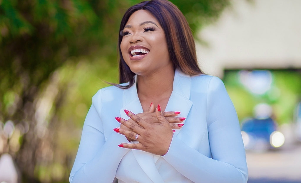 Doreen Avio bags 'Female On Air Personality' of the year ...