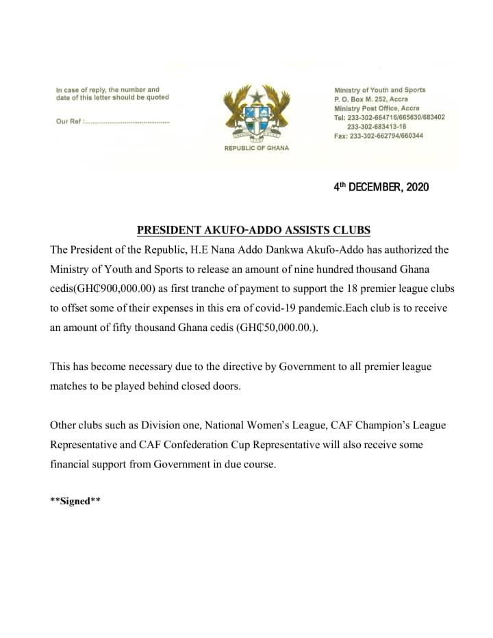 Akufo-Addo shares money to Ghana Premier League clubs