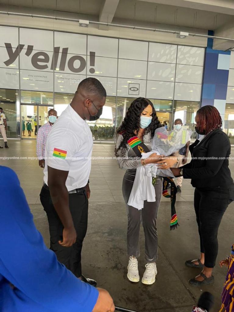 Joy FM's DriveTime hosts Big Brother Naija star Nengi ...