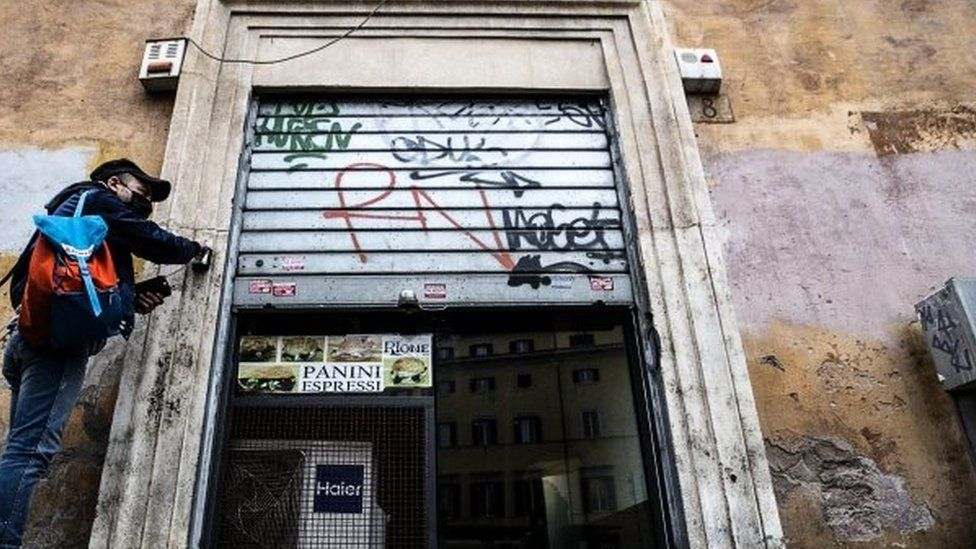 Covid-19 pandemic: Italy to shut shops and schools amid infection spike