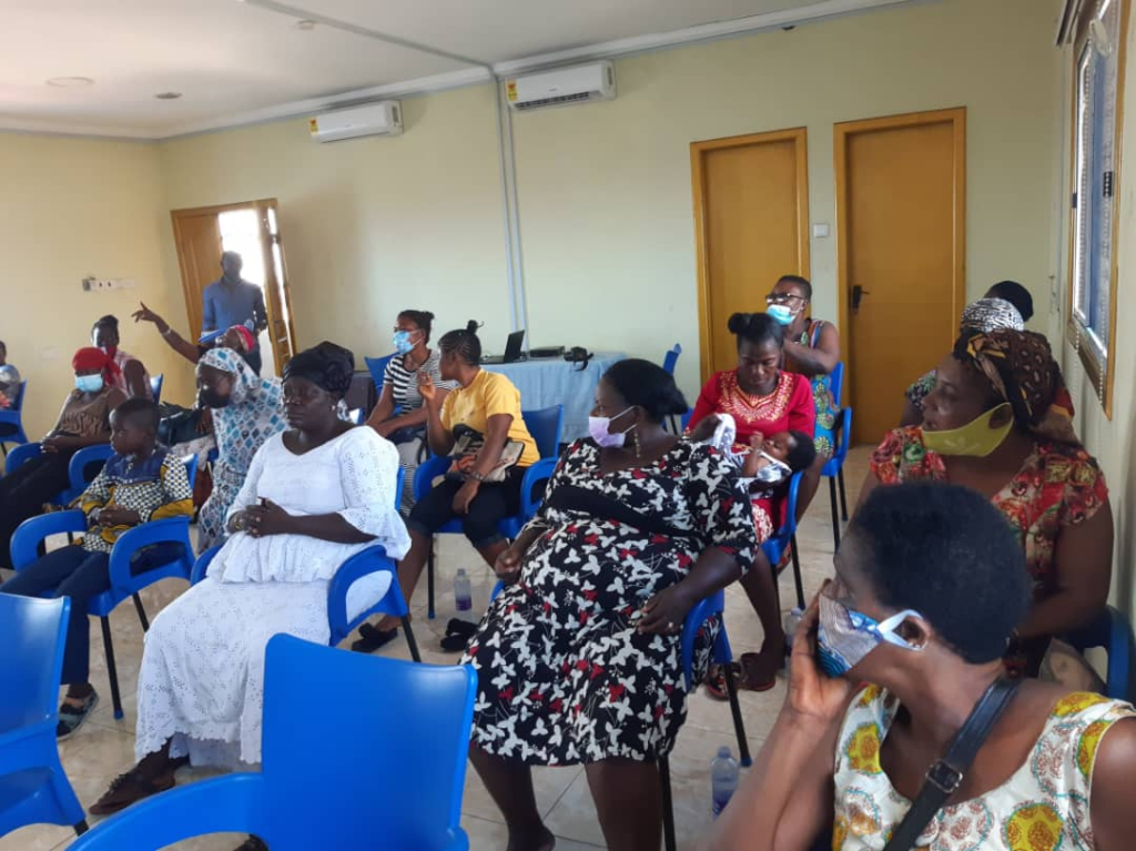 Street-connected parents trained on grassroots marketing