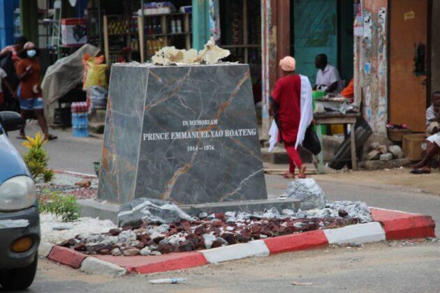 Statue at Prince Boateng Roundabout in Koforidua