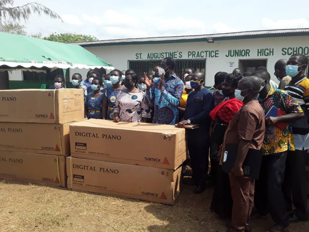 Education Minister tours 4 SHSs in Central Region, donates digital pianos to 5 other basic schools