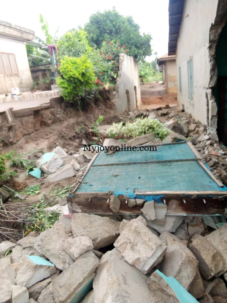 2 dead, 3 injured and others displaced following heavy downpour in Ashanti Region