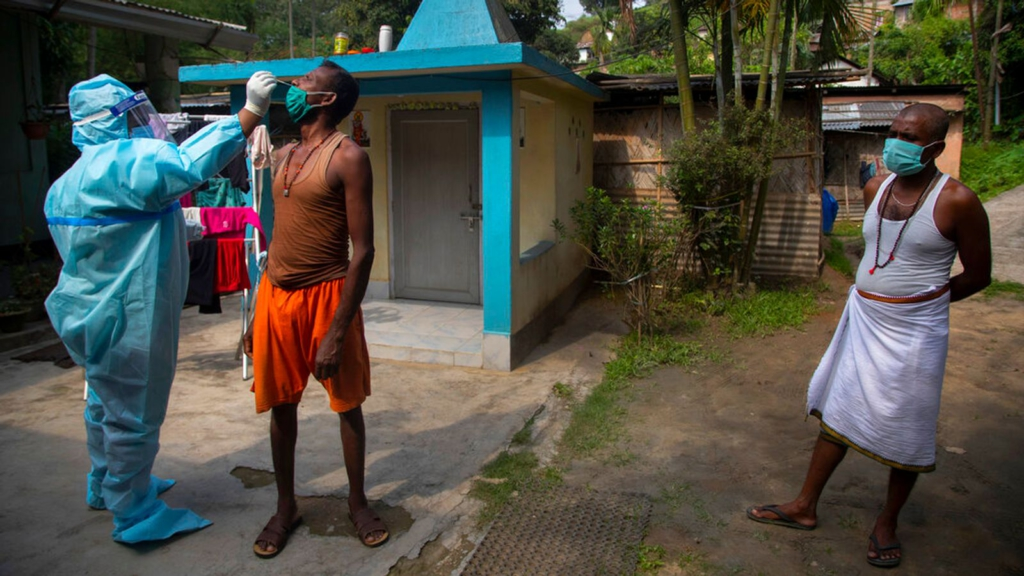 India passes 300,000 coronavirus deaths - as fatal black fungus brings 'new challenge'