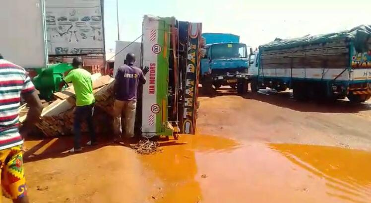 Motorists and commuters unhappy about bad condition of Tamale Industrial area-Nyohini road