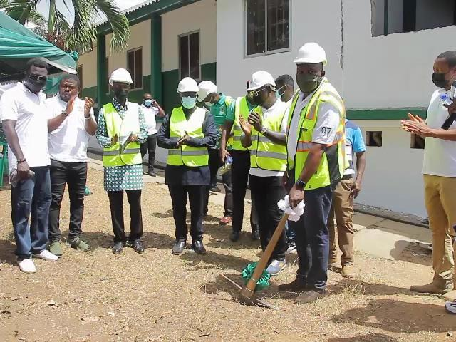 APSU '97 cuts sod to begin ICT legacy project in St. Augustine's College