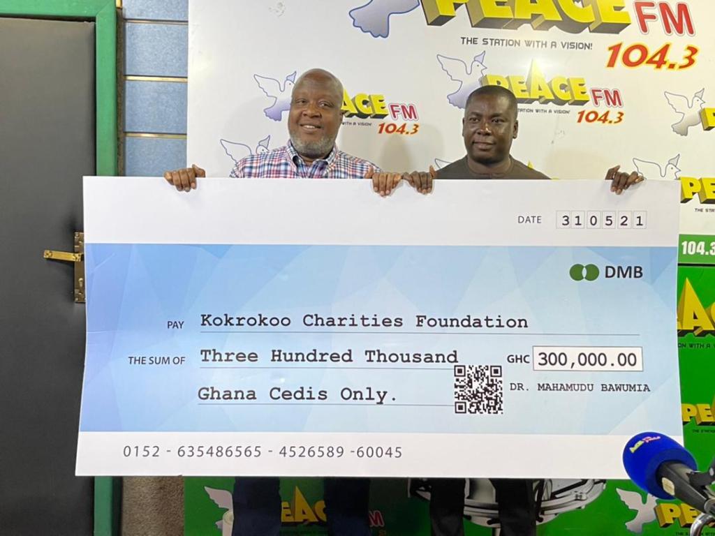 Bawumia donates 5 incubators to Kokrokoo Charity Foundation
