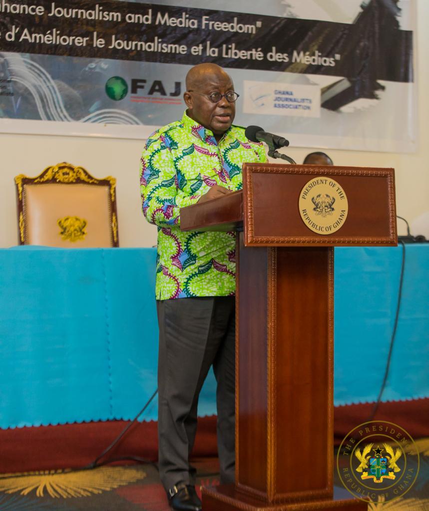 Akufo-Addo commends media for role in Covi-19 fight