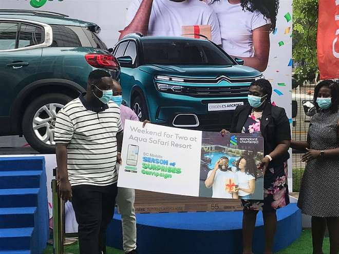StanChart gifts customer to end Seasons of Surprises promo