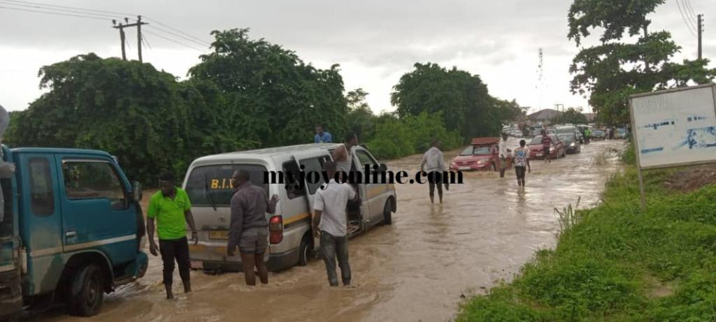 Several hours of downpour leaves parts of Sekondi-Takoradi flooded