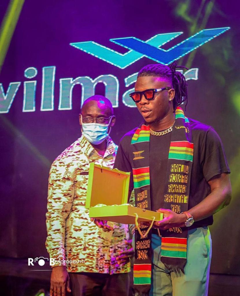 Alan Kyerematen, Togbe Afede XIV, Sefa-Kayi, Stonebwoy and others honoured at maiden Ghana Father's Day Award