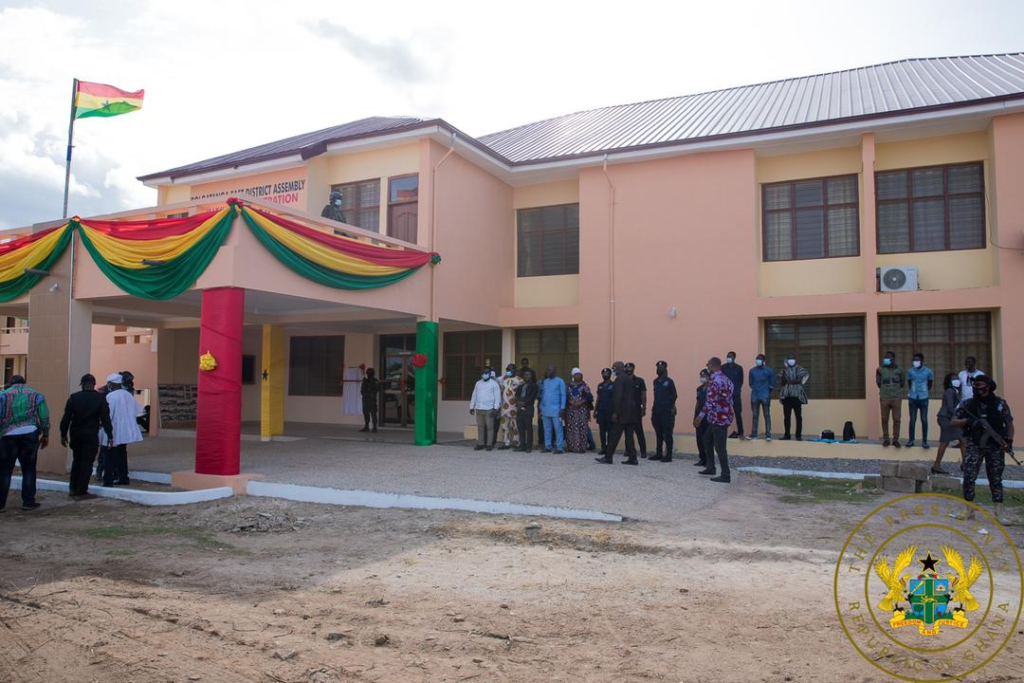 Akufo-Addo ends tour of Upper East Region, commissions Bolga East Assembly building