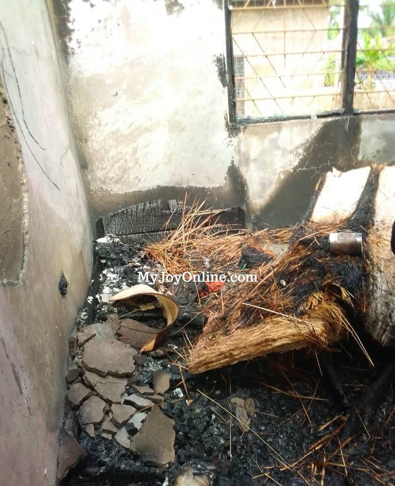 Fire destroys 6-bedroom house at Akyem-Tafo