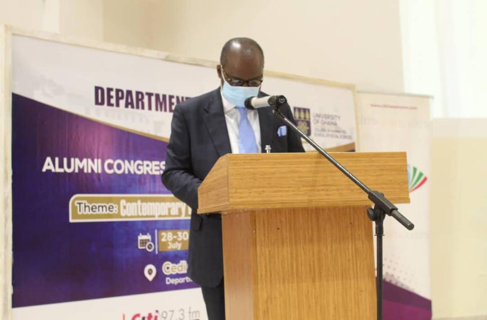 UG Economics Department confers Distinguished Alumni Award on BoG Governor, Dr Ernest Addison