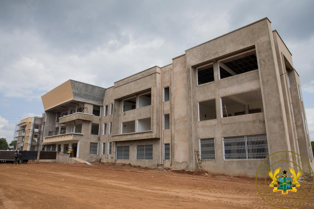 Akufo-Addo commissions 85-bed Central Gonja District Hospital