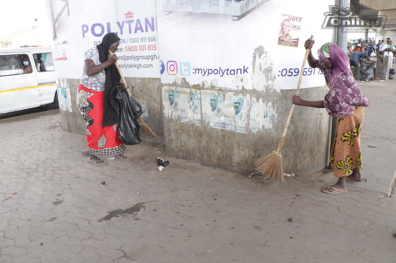 Photos: Cleanghana Campaign, Metro Health Inspectors issue abatement orders to three Food vendors