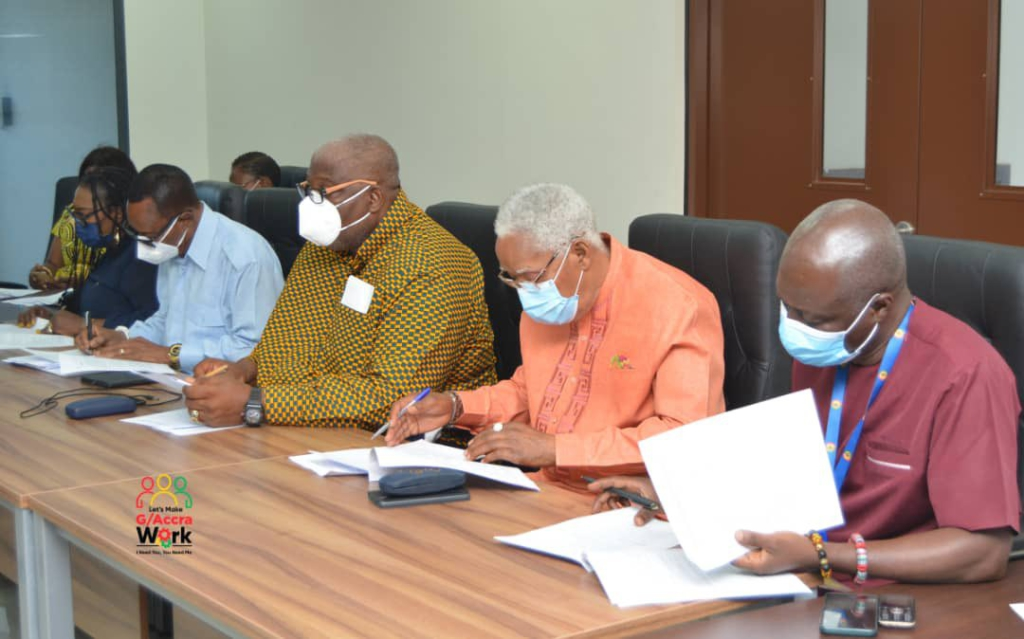 Henry Quartey holds consultative meeting to ban 'Aboboyaa' on highways within Accra