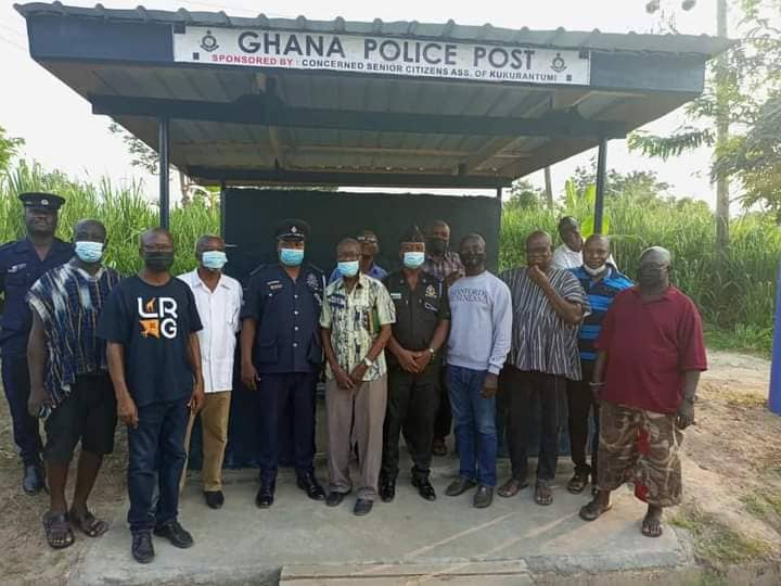 Kofi Amoabeng, others build police checkpoint post at Akyem-Tafo to check robberies