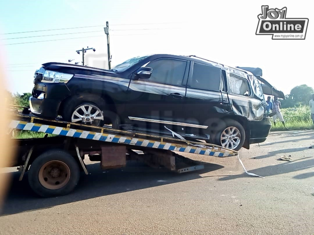 Employment Minister involved in road accident