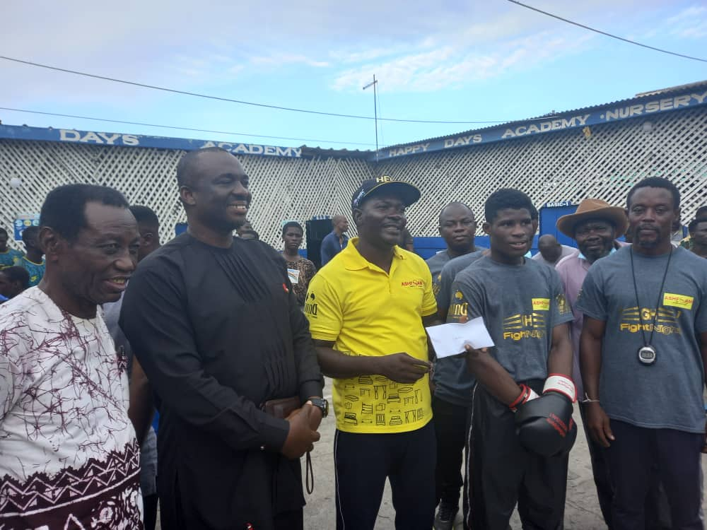 GBA President visits Alfred Lamptey in training, donates towards double world youth title bid