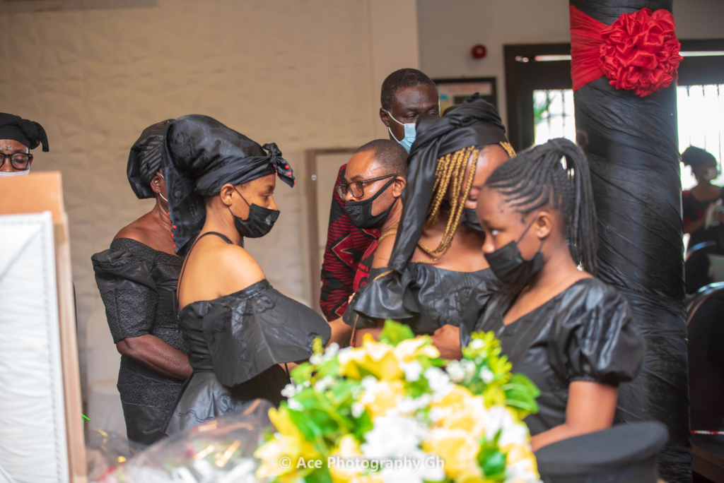 Photos: Singer Abiana lays mother to rest