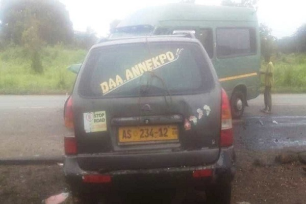 Head-on collision kills one, 4 others injured on Wenchi-Techiman Highway