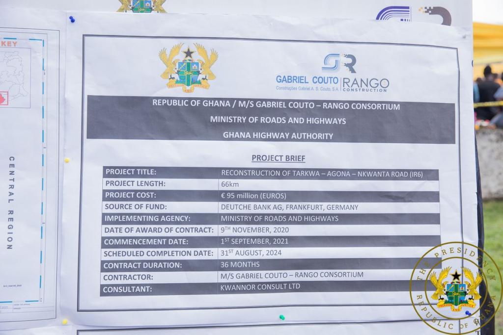 Akufo-Addo cuts sod for 67km Agona-Tarkwa road