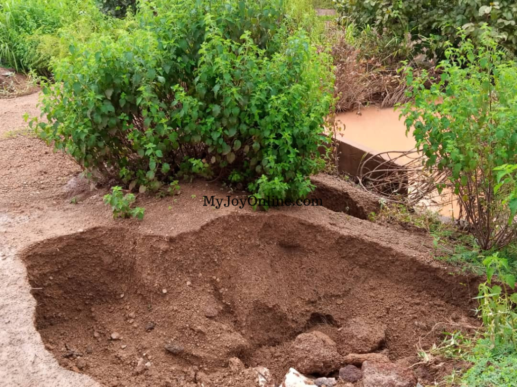 Over 3,000 peasant farmers express fear of losing farm products due to bad roads
