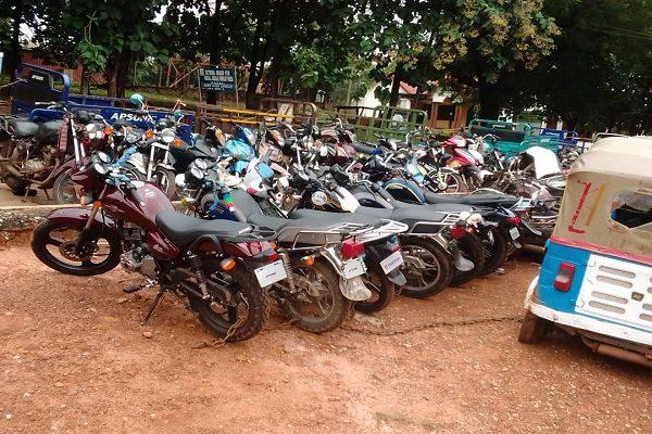 Police impound unregistered motorbikes at Wenchi