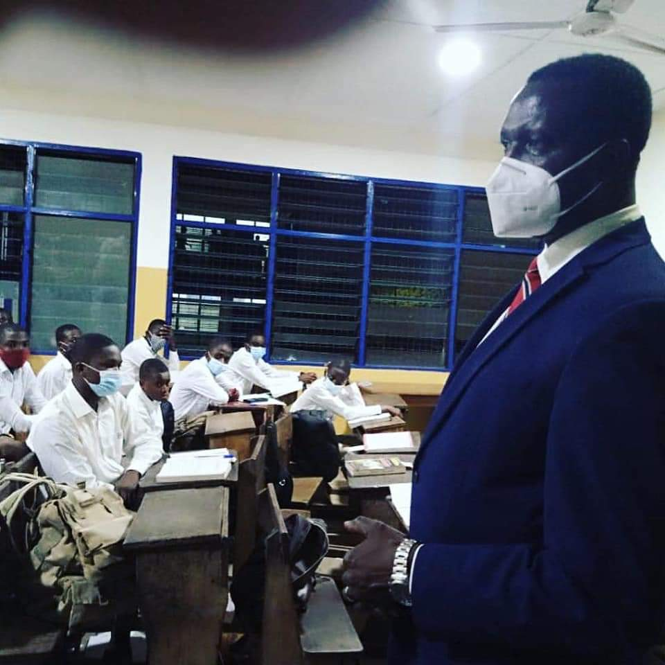 Education Minister pays surprise visit to PRESEC, Legon during prep