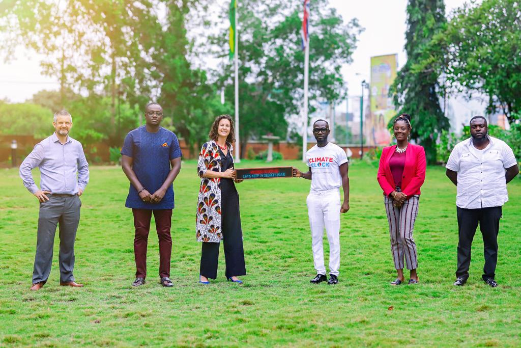 Okyeame Kwame presents Climate Clock to British High Commissioner