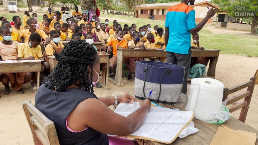 Pupils in KEEA forced to study under trees and open spaces because of dilapidated classroom block