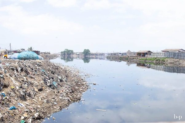"""""""We used to play football here, now our beach is a plastic dump"""" - Chorkor chokes on plastic"""