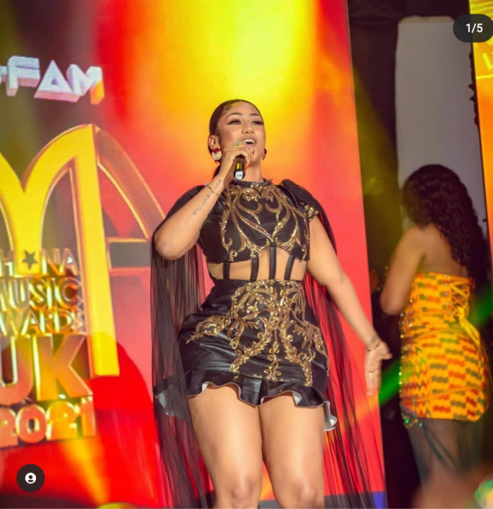 Diana Hamilton wins Artiste of the Year at Ghana Music Awards UK